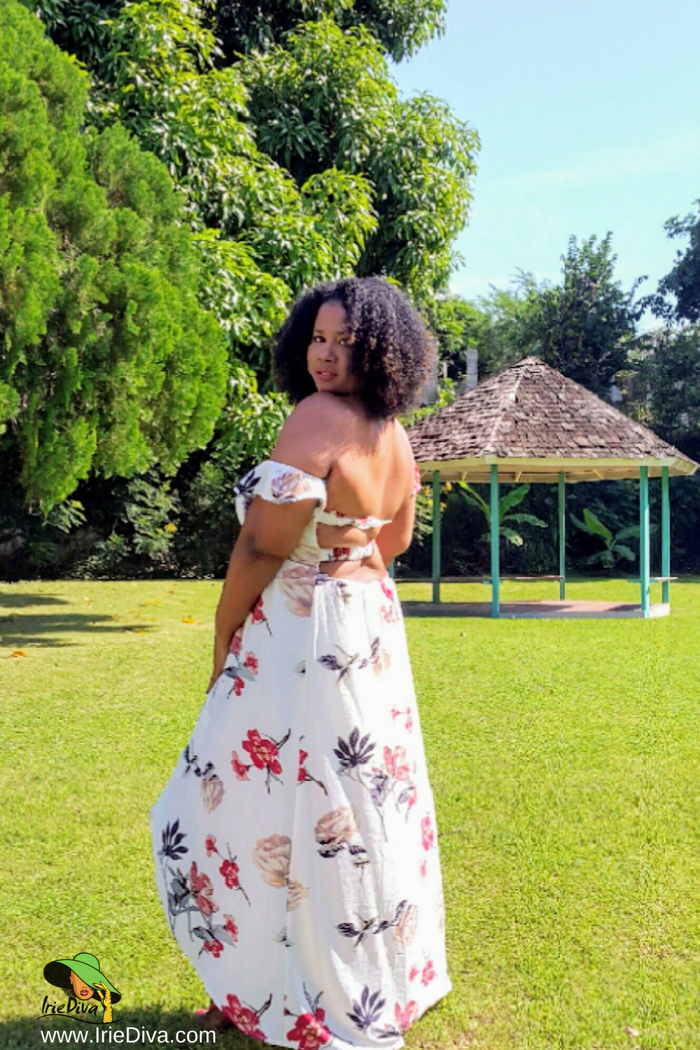 What to Wear to a Beach Wedding The Perfect Summer Dress