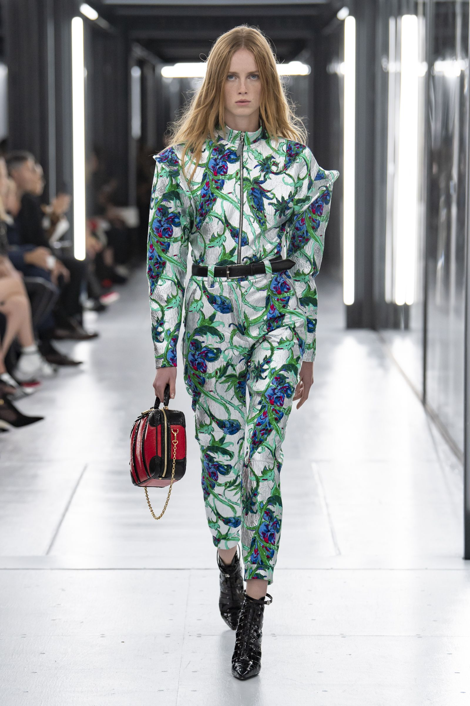 e35797ae773 Look from the Louis Vuitton Women s Spring-Summer 2019 Fashion Show ...