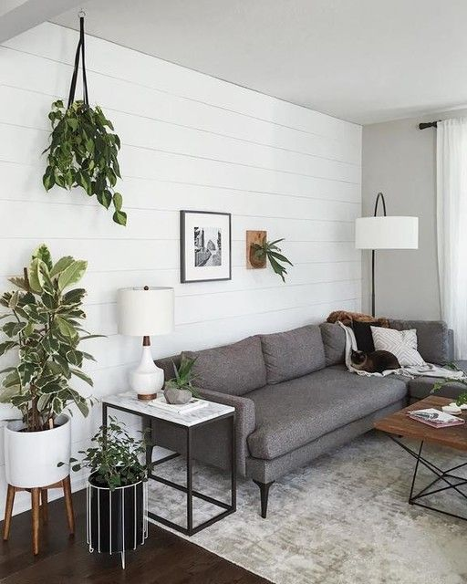 Mid-Century Turned Leg Standing Planters - White