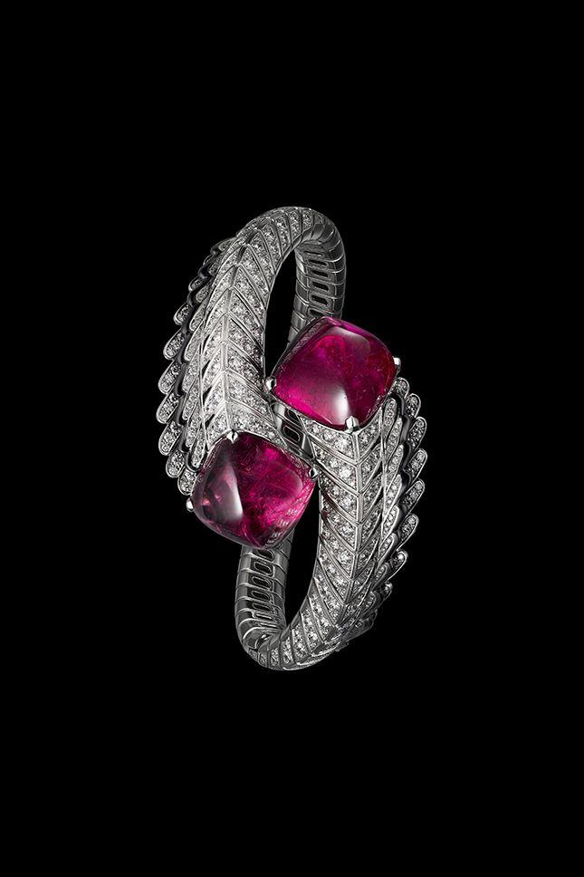 Photo of Бриллианты, золото, волшебство —новая коллекция драгоценностей Cartier Magicien