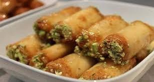 Bilderesultat For حلويات عراقية Food Bread And Pastries Arabic Sweets