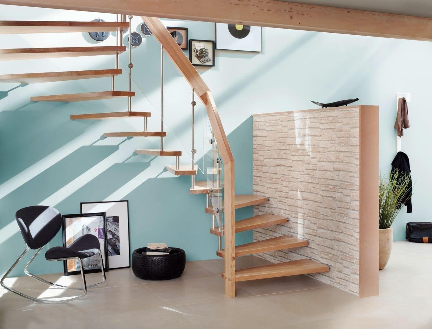 Faites Entrer La Lumiere Dans Votre Entree En Changeant Votre Escalier Beton Par Un Escalier Sans Contremarches Realisation Signee Passion B Maison Stair