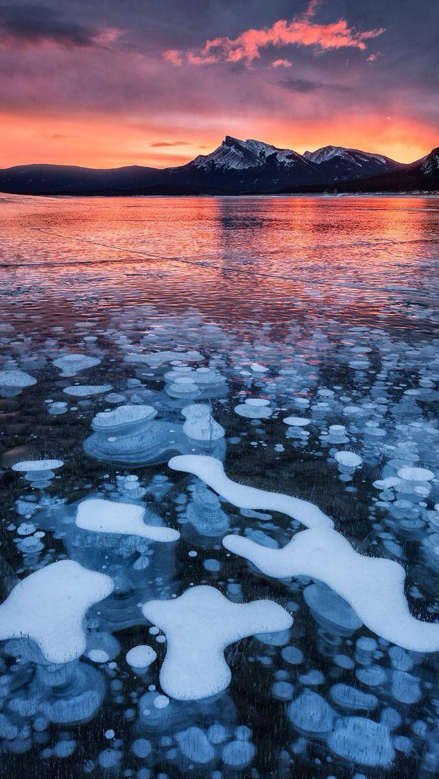 Bubble Ice Lake Iphone Wallpapers Abraham Lake Canada Lakes