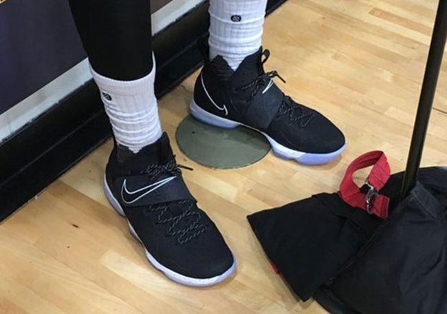 Nike : la LeBron 14 bientôt présentée en noir et blanc