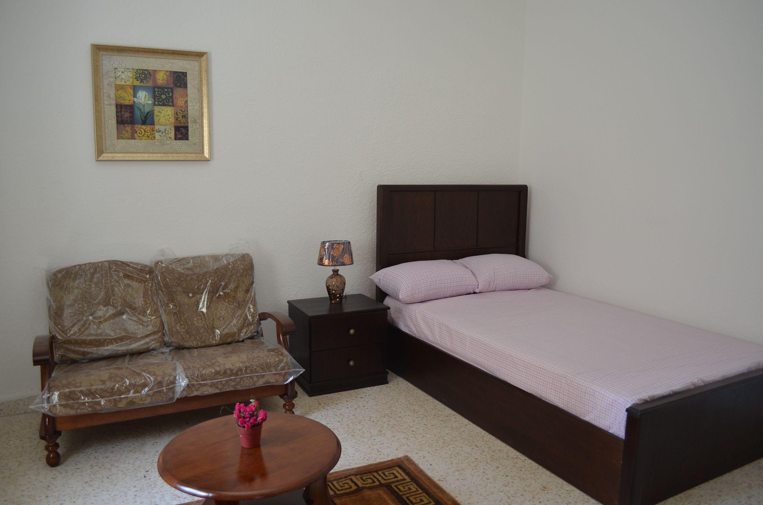 Rent One Bedroom Apartments For Amman Jordan Ezrent Cheap Apartment Nghi Tam Village Hanoi