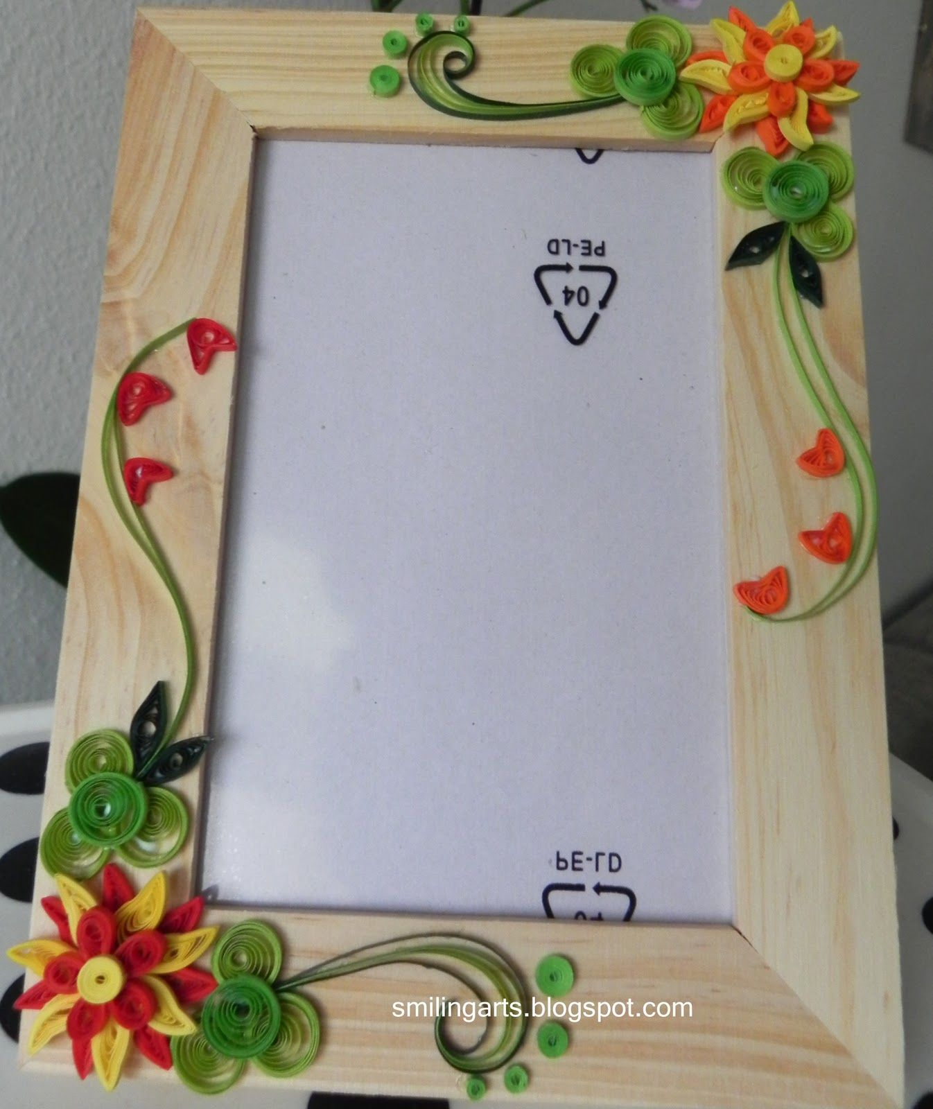 Fancy design frames for pictures crest picture frame neli quilling paper cards also crafts rh pinterest