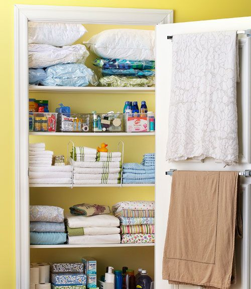 5 Easy Ways To Clean Up Your Linen Closet