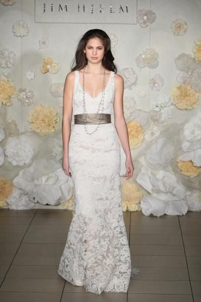 Elegant Flowy Lace Gowns Informal Long Wedding Dress A Pretty White Gown
