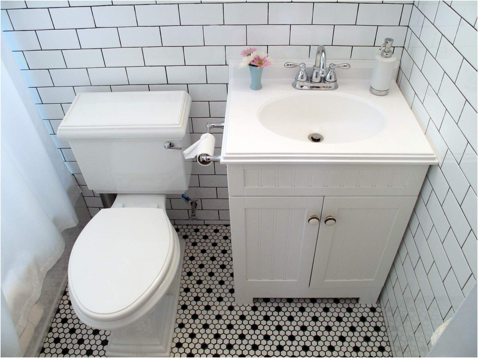 vintage black and white floor tile bathroom remodel inspiration from ...
