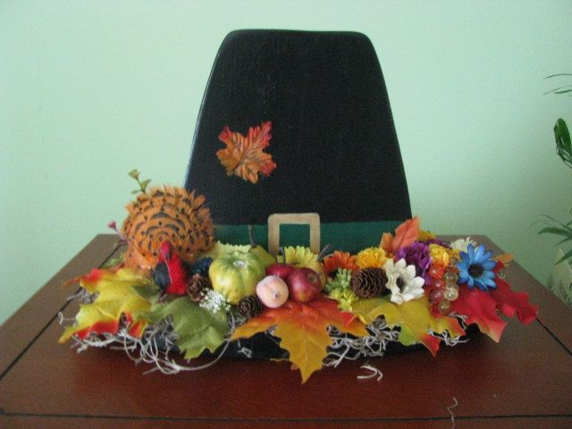 Pilgrim hat, Thanksgiving, centerpiece, turkey, handpainted. $20.00, via Etsy.