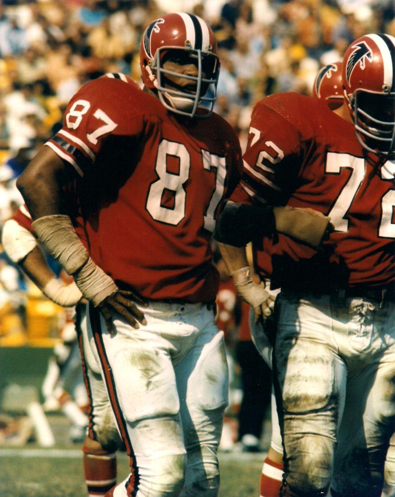 Claude Humphrey Atlanta Falcons 1968 78 And Philadelphia Eagles 1979 81 Hof Class 14 Football Players Photos Nfl Football Players Falcons Football