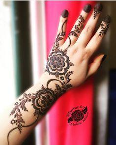 Contact For Henna Services Call Whatsapp 0528110862 Al Ain Uae