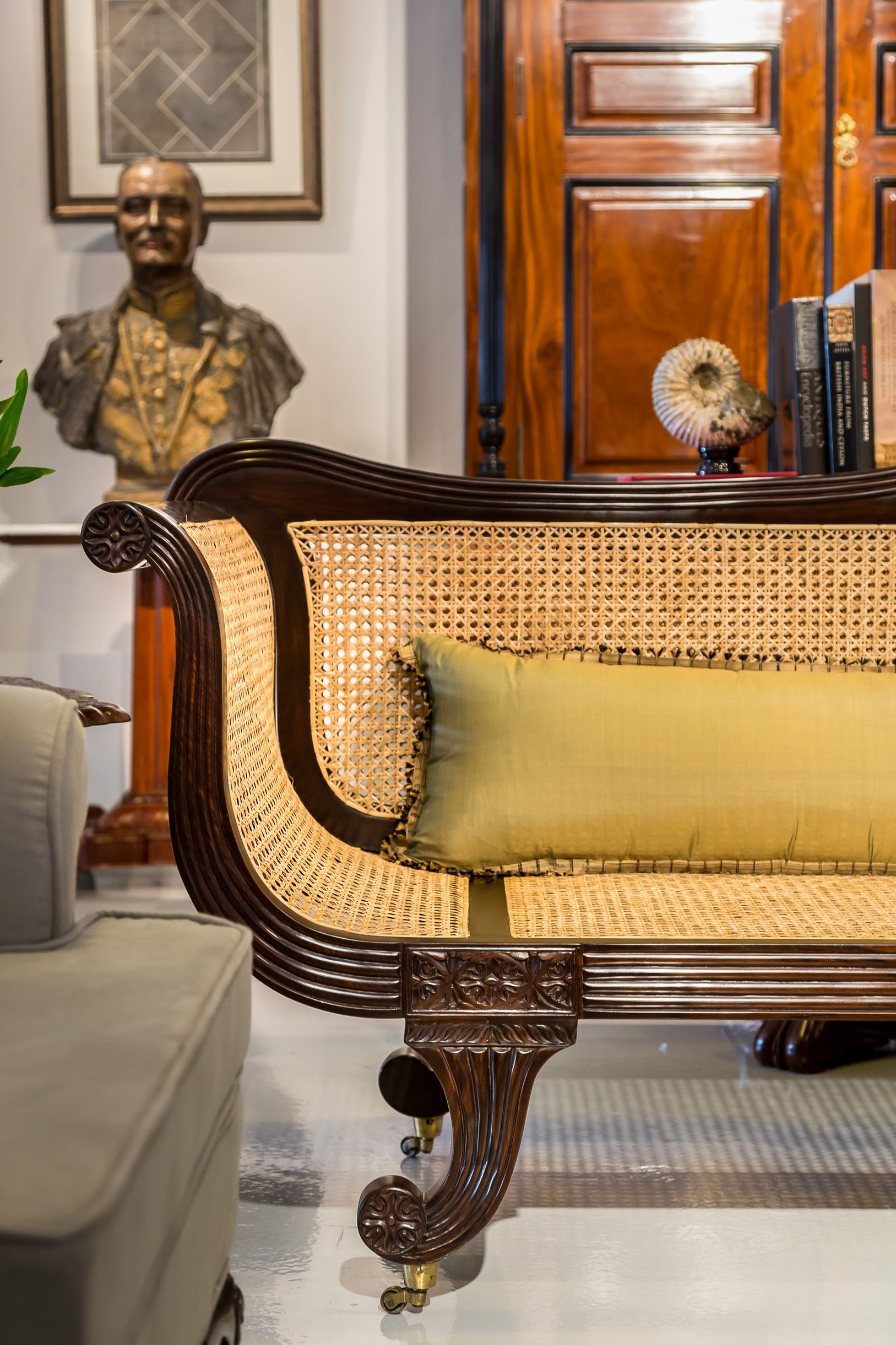 Groovy Detail Of A British Colonial Sofa Made From Rosewood With A Ibusinesslaw Wood Chair Design Ideas Ibusinesslaworg