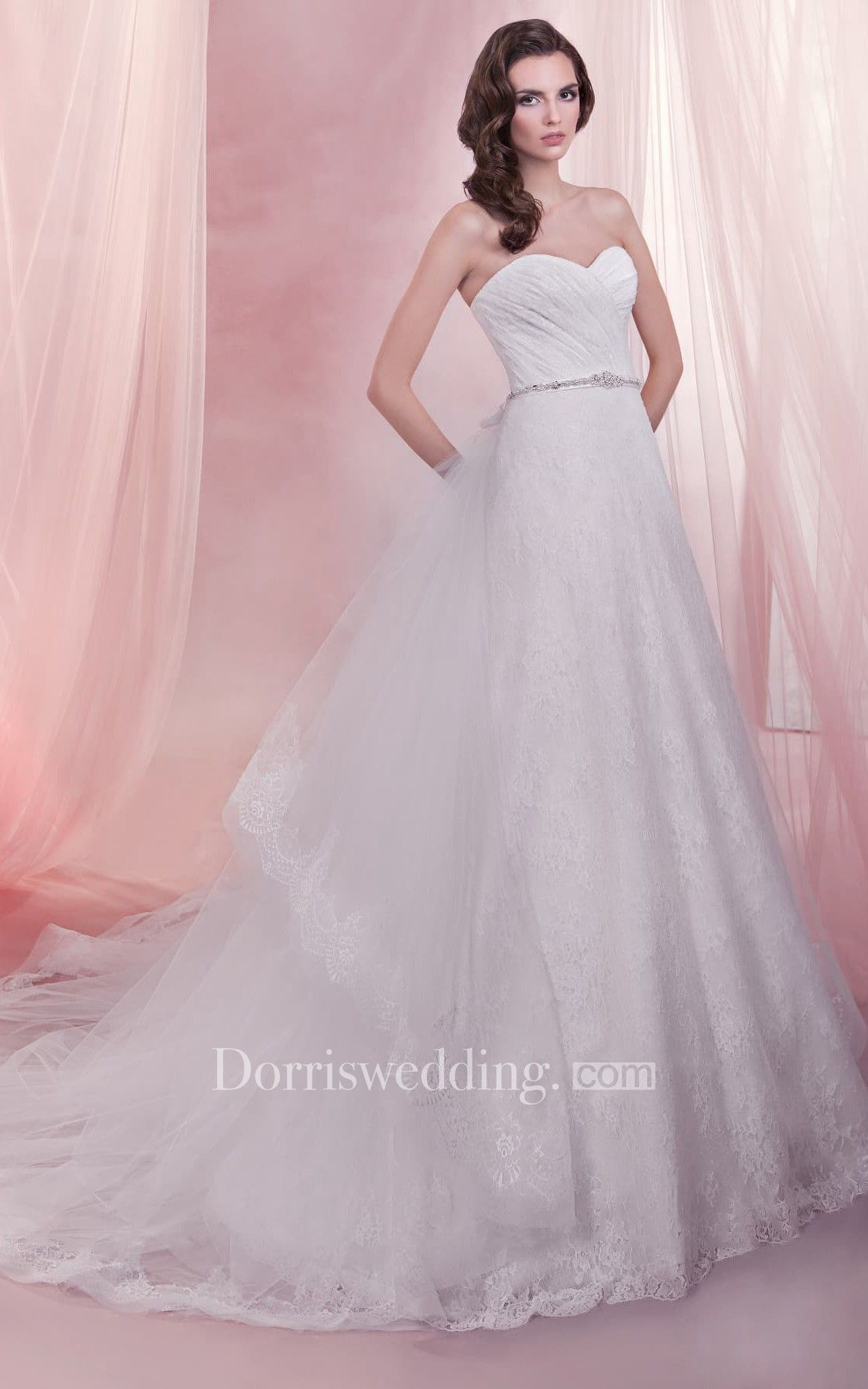 Long sweetheart aline lace wedding dress with detachable train