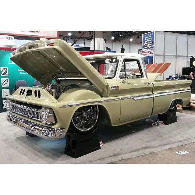 @slosh_tubz Mast powered Chevy is ready for SEMA....are you!?! @dakota_digital #VHX @SloshTubz #boostedbertha #c10 #shortwide #sema2015 #sema #semashow #MastMotorsports @precisionreplacementparts @semashow #supercharger #supercharged @magnusonsuperchargers @david_at_magnusonsuperchargers @hotrodmagazine @americanmusclehd @classicsdaily #sema15 @precisionreplacementparts by mastmotorsports