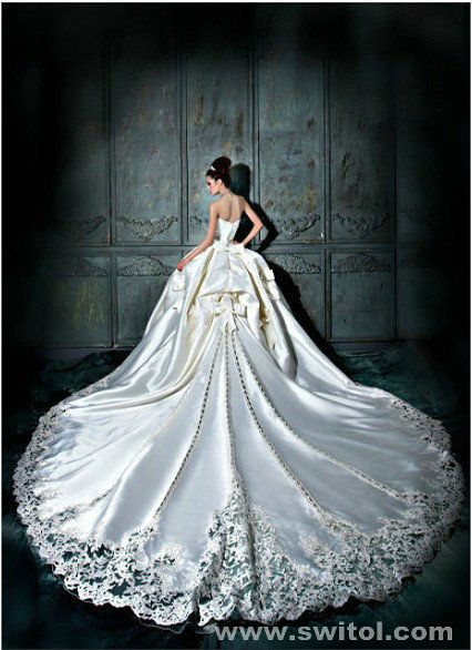 famous bridal wedding dress manufacturer, custom made is available .www.switol.com