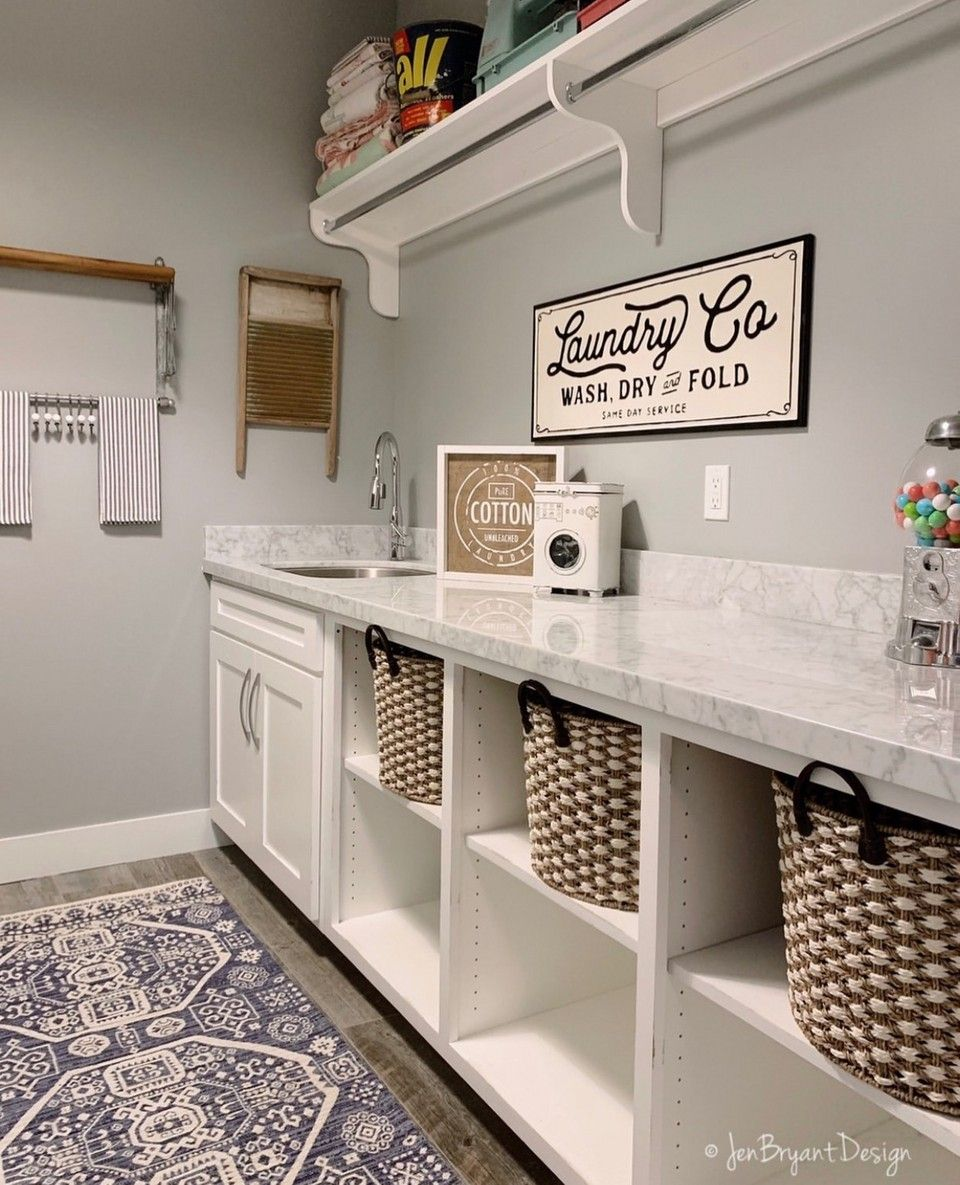 Bright And Beautiful Laundry Room By Jenbryantdesign Our Metal