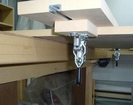 Guide auto-fixant maison   Shop-made Guide Clamp Clamp, Diy