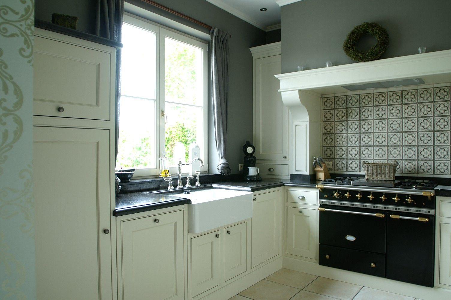 Klassieke keuken indoor kitchen dining kitchen