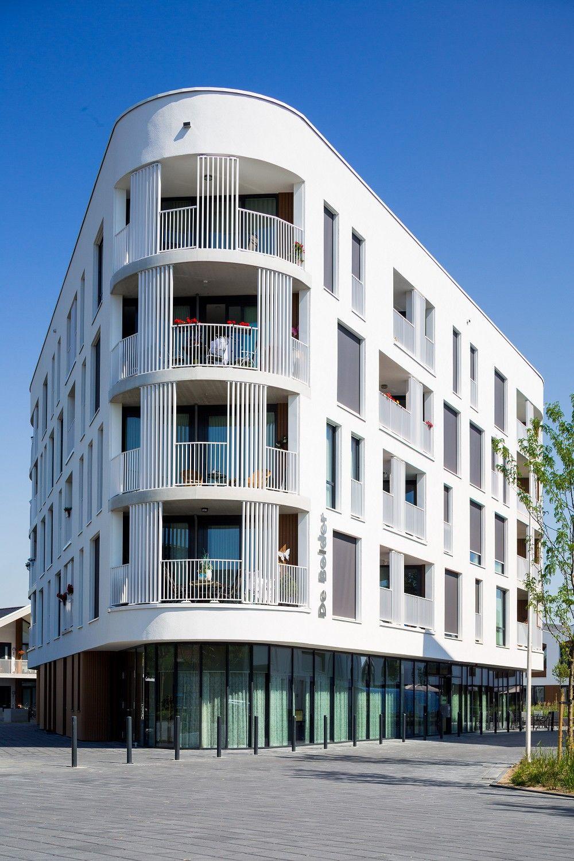 De Bolder. Foto 2by4-architects Facades Stucco Plaster Paint Architectuur Stedenbouw
