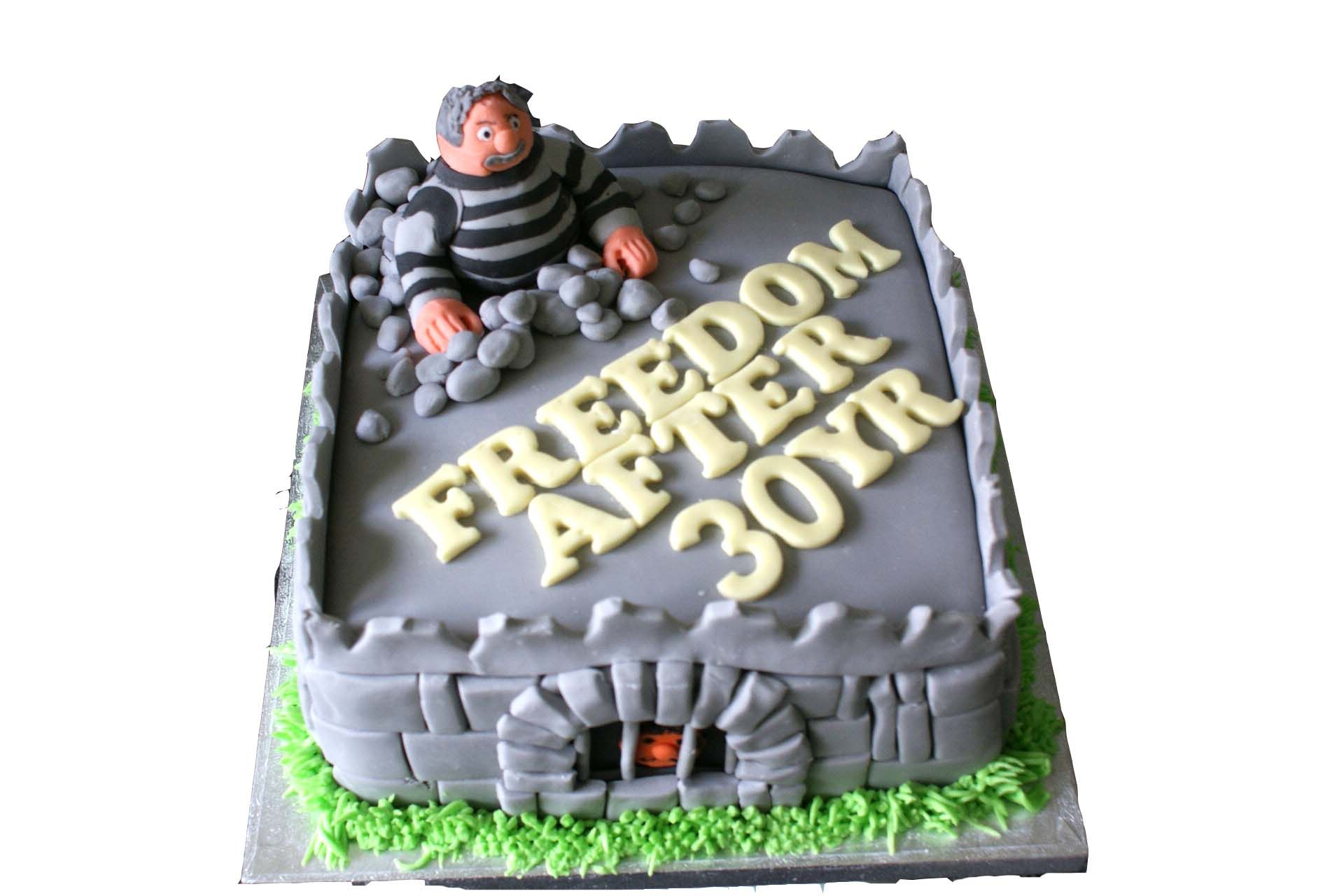 0ef9d5543 Prison Officer Retirement Cake' … | Retirement party for law ...