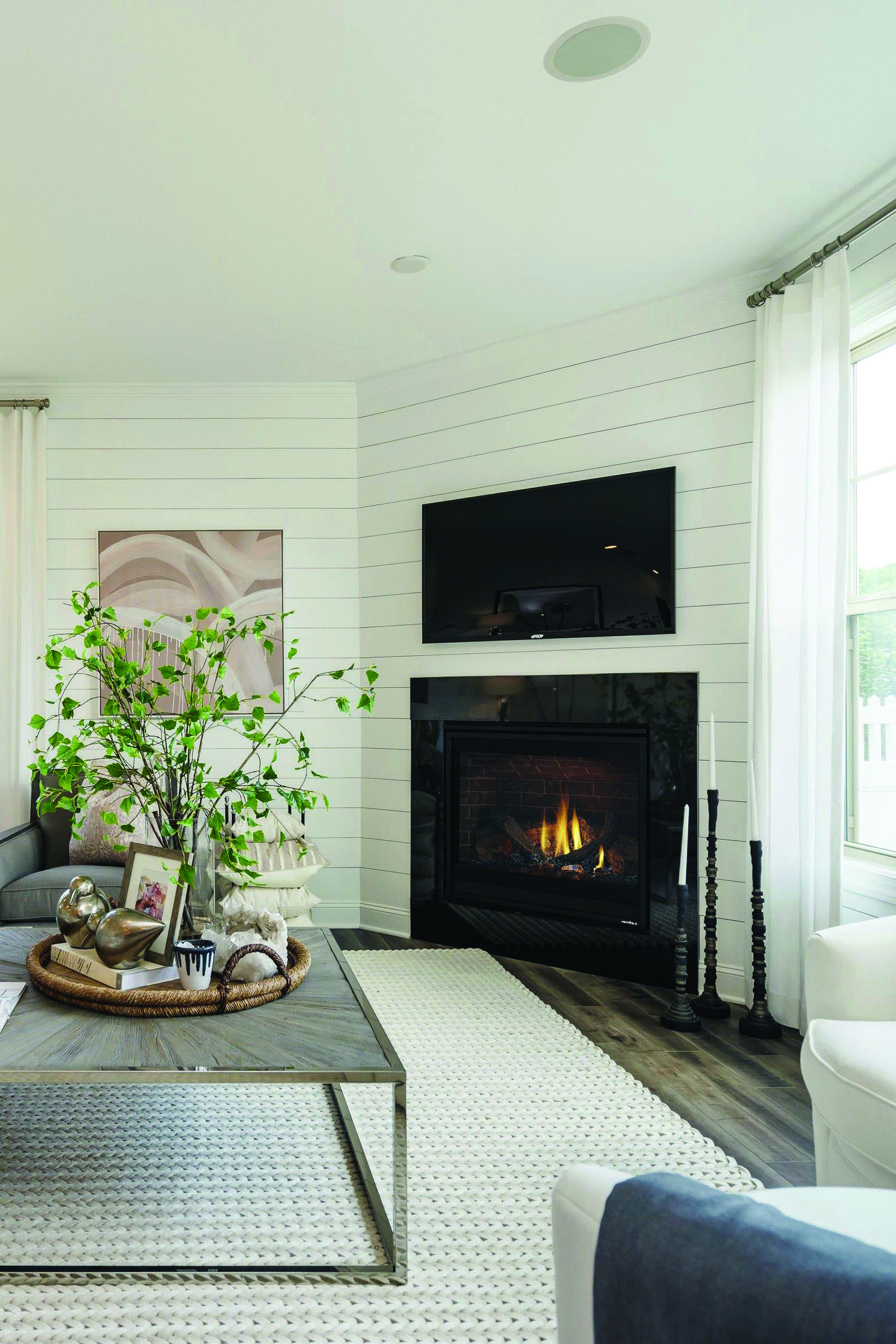 Modern and Traditional Stunning Corner Fireplace Ideas ...