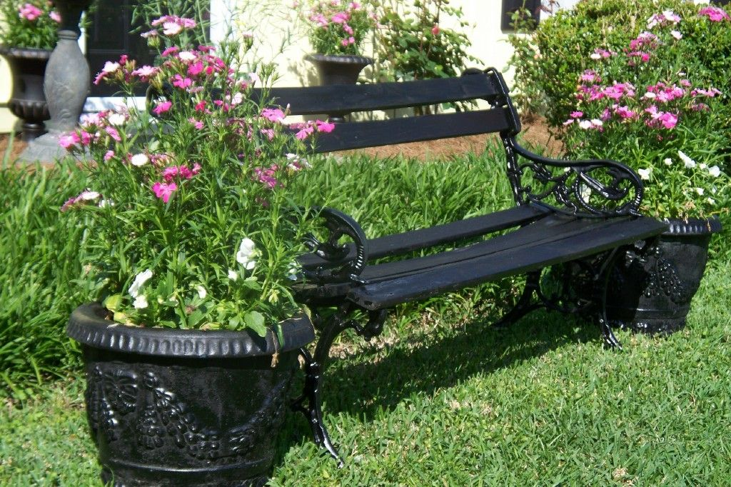 bench in front yard my new front yard ideas pinterest front yards yards and yard ideas. Black Bedroom Furniture Sets. Home Design Ideas