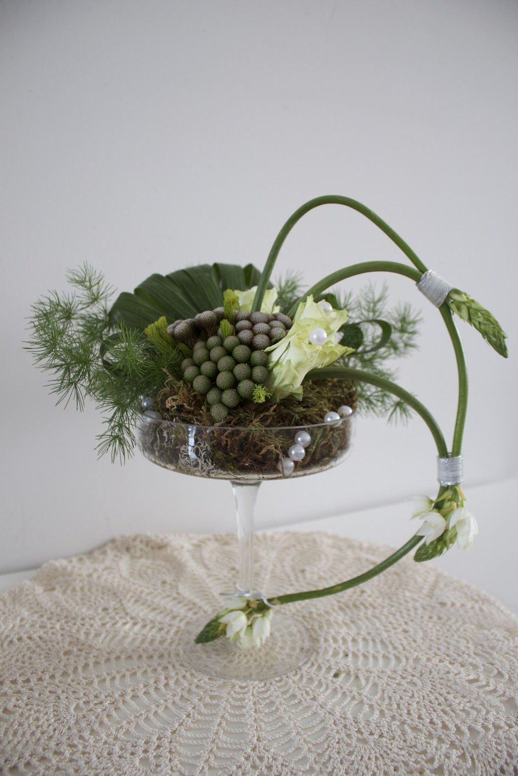 flower arranging, DIY