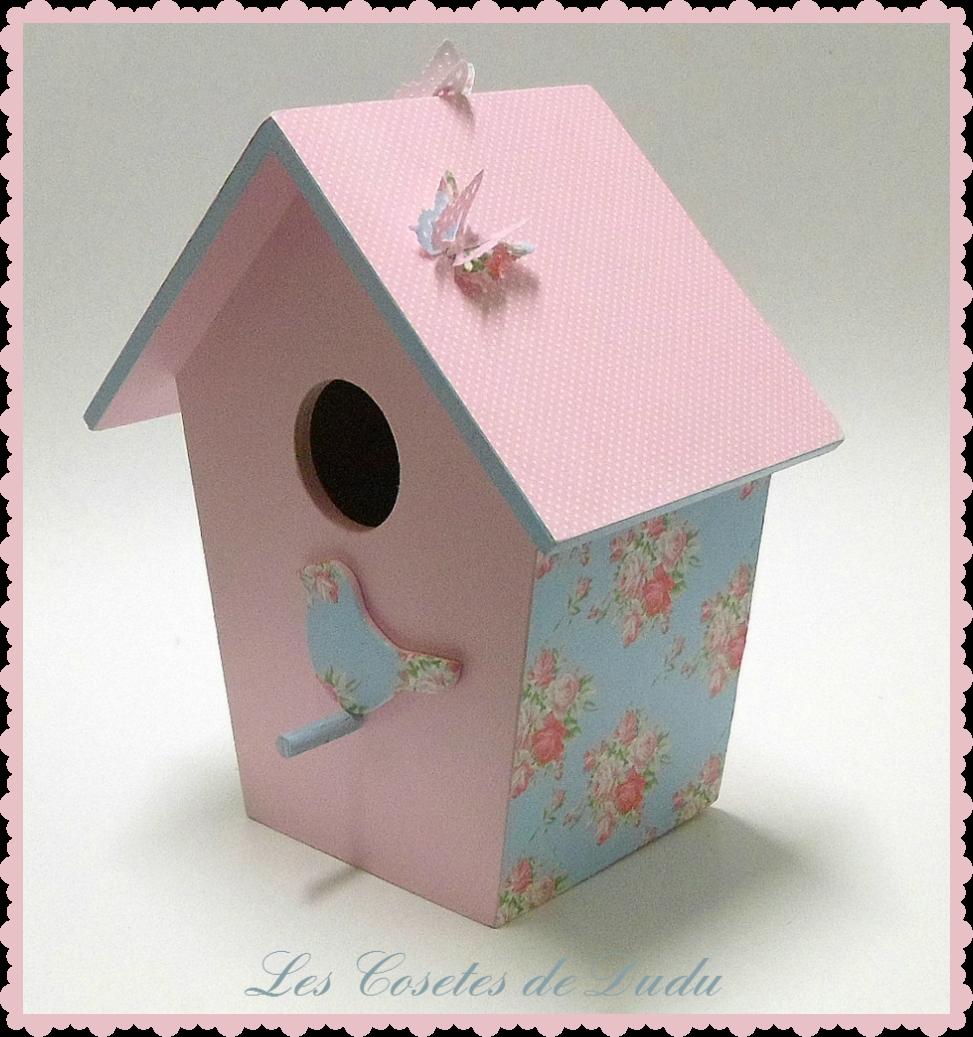 Casita de p jaros pintada y forrada con papel mis manualidades my crafts pinterest - Casita para pajaros ...