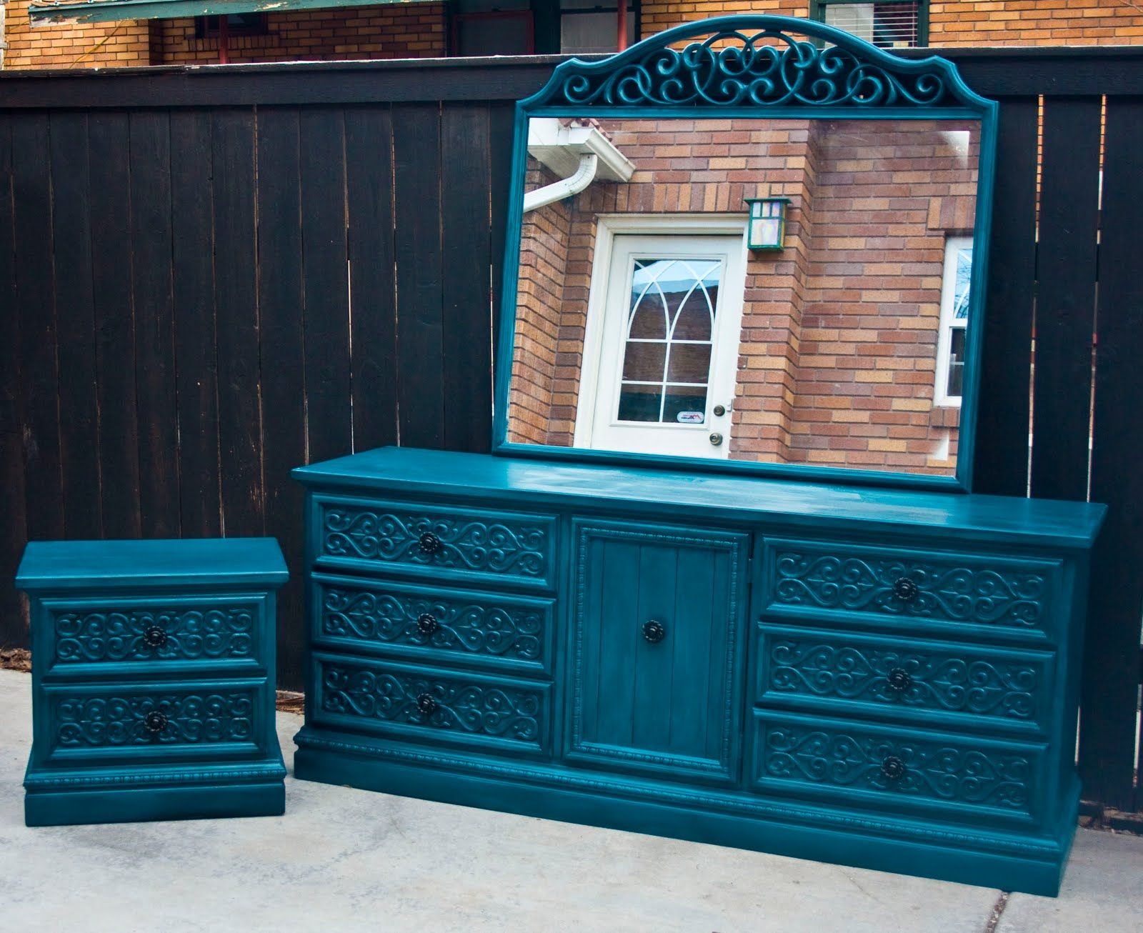 Blue shabby chic furniture -