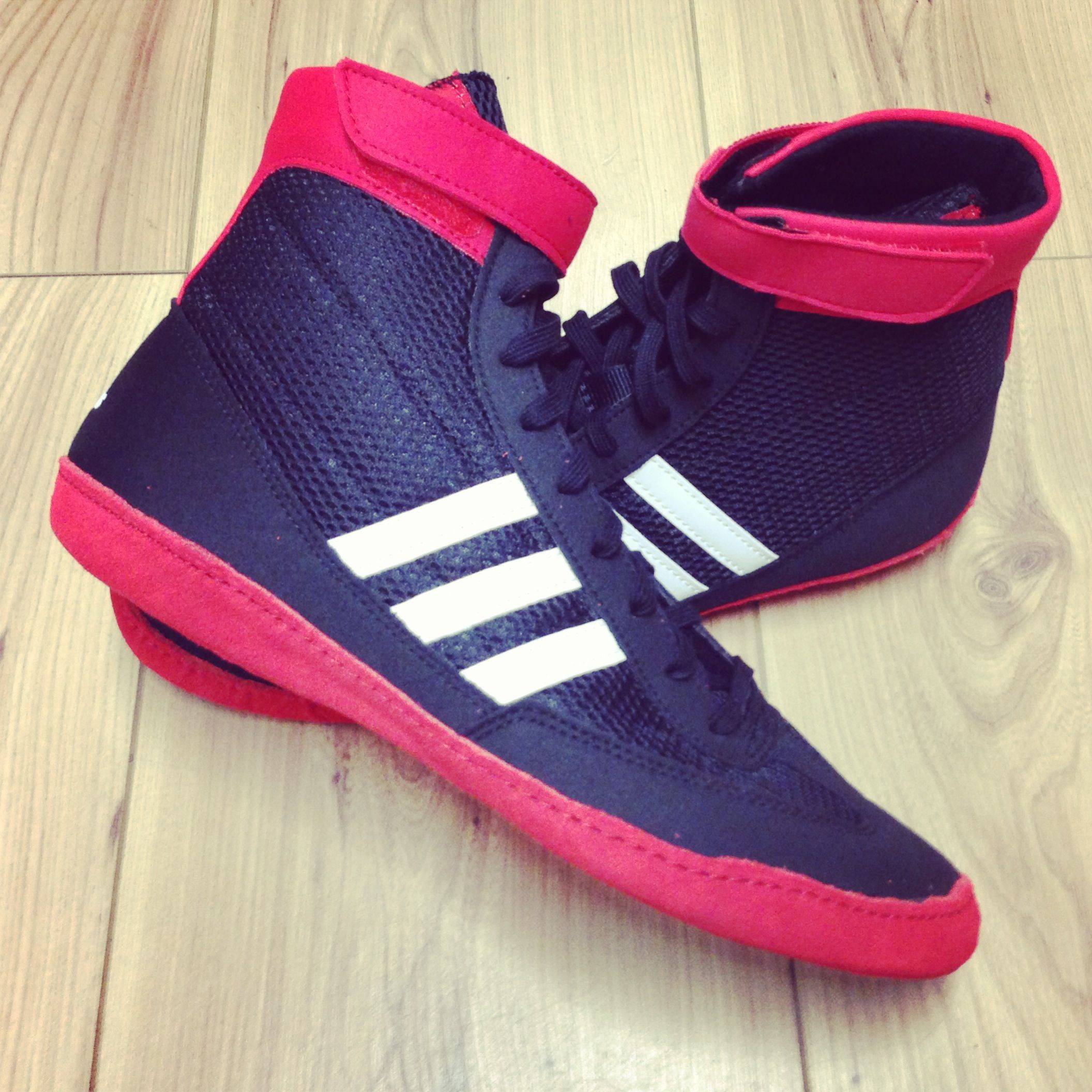 Sugar Ray's Exclusive Adidas Combat Speed IV Black/Red Boxing and Wrestling boot available only at www.sugarrays.co.uk £65.00