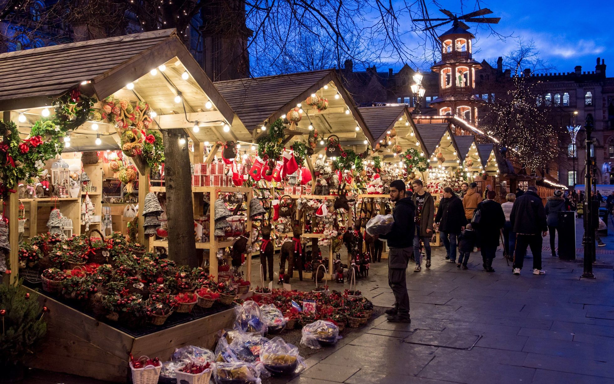 Google Image Result For Https Www Telegraph Co Uk Content Dam Travel 2018 Novemb Christmas Markets Europe Best Christmas Markets Manchester Christmas Markets