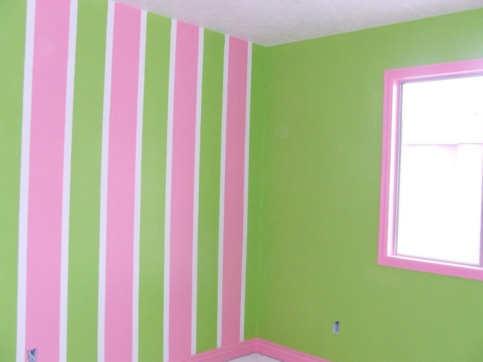 Tona Painting Job Pictures: Stripes - Awesome girl room idea