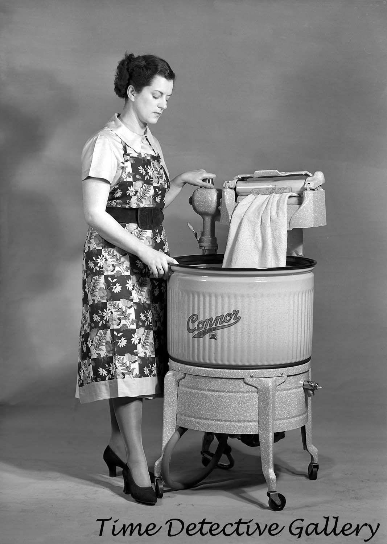 Image result for WASHING MACHINE ENGLAND 1950