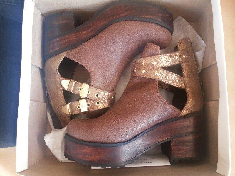 zapatos de la pame gomez, bien choriflaiers