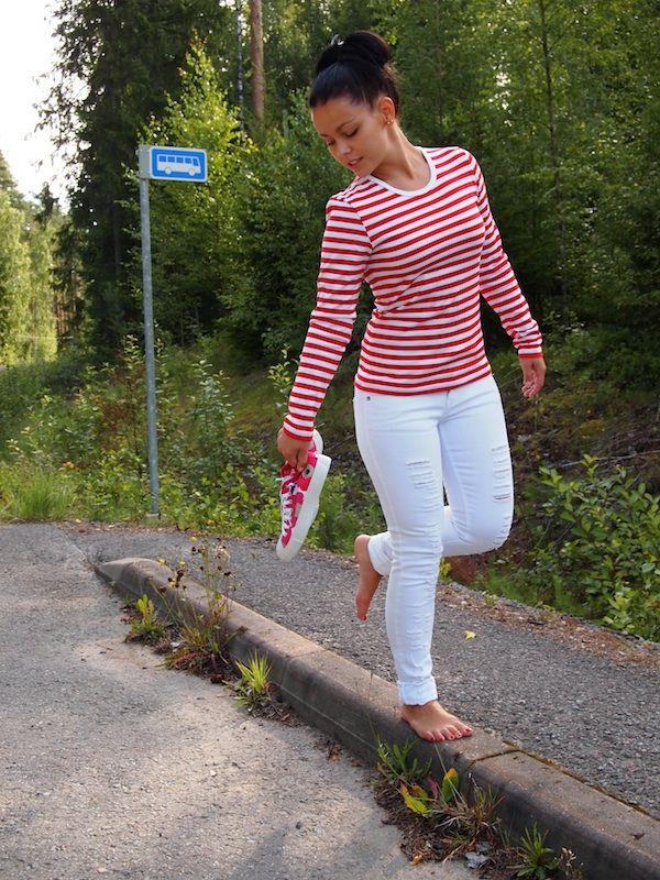 marimekon punavalkoinen raita t-paita - Google-haku  4b67818b21