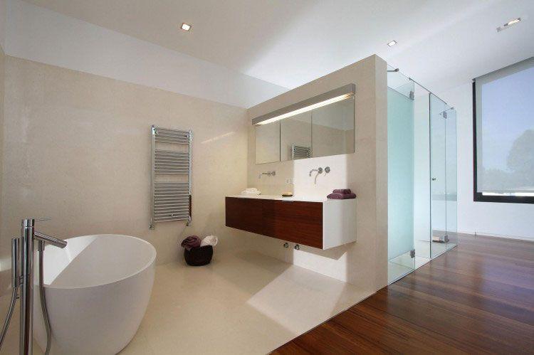 Clean Bathroom With Wood Floormodern Spanish Bath ArtDesign - Clean the bathroom in spanish