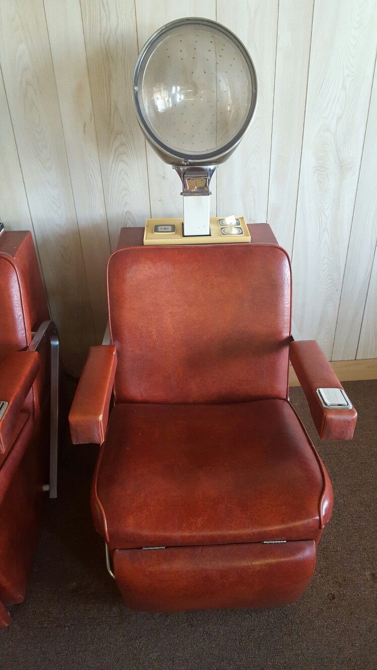 Old Vintage Salon Dryer Chairs They Have Ashtrays Built In The Arm Rest You Don T See That Anymore I Still Have Thease In Vintage Salon Vintage Salon Dryers