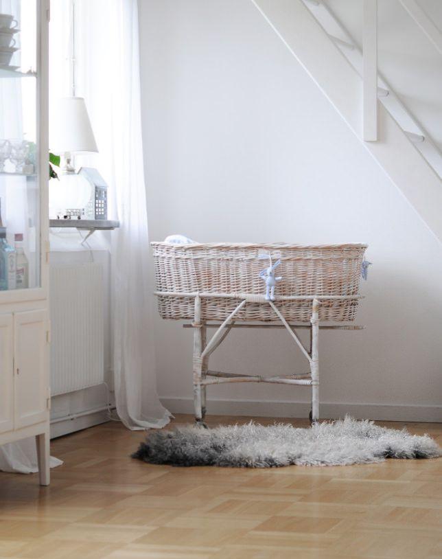 Donde Comprar Cunas de Mimbre para tu Bebé | Mimbre, Bebé y Comprar