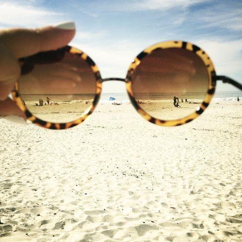 beach   Summertime   Pinterest   Óculos, Praias e Verão 88787d5df9