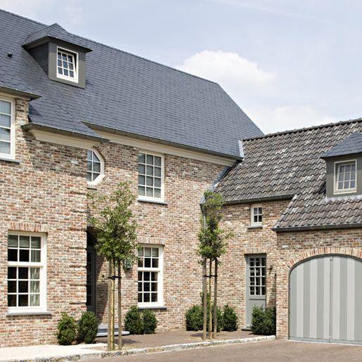 Villa flamande google search door barn door of my for Decoration flamande