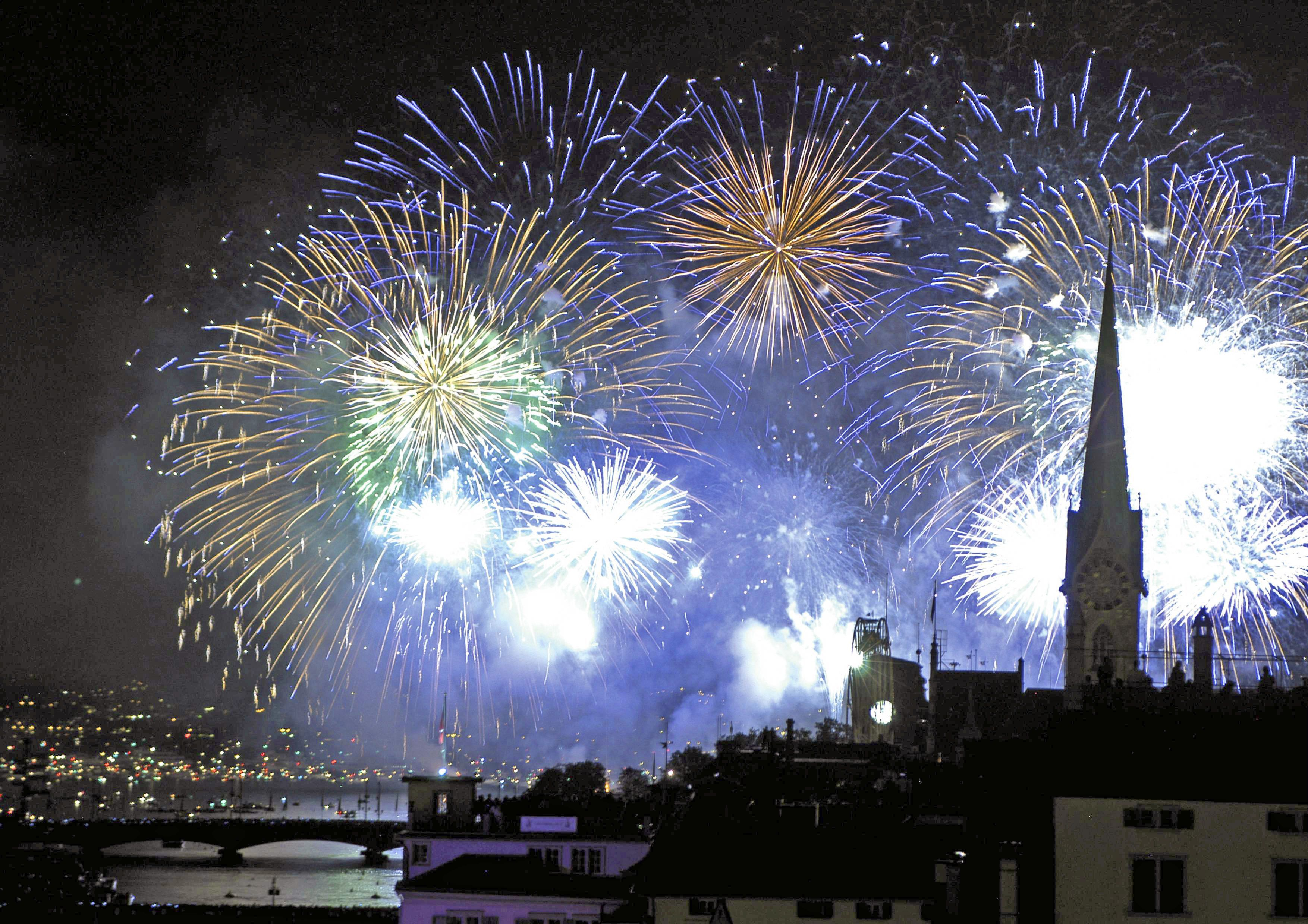 The World S Most Exciting New Year S Eve Celebrations New Year Fireworks Wedding Fireworks Fireworks
