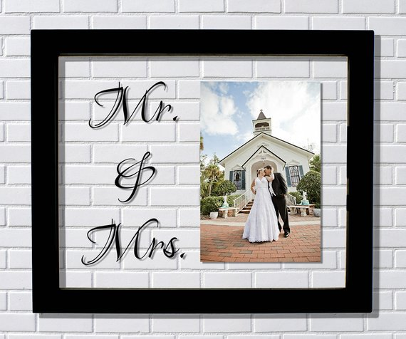 Mr Mrs Frame Floating Frame Photo Picture Frame Mr And Mrs Wedding Picture Frame Anniver Wedding Picture Frames Floating Picture Frames Wedding Frames