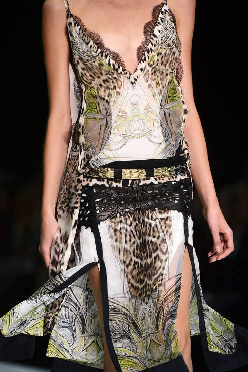 Roberto Cavalli Spring 2013 Ready-to-Wear Detail - Roberto Cavalli Ready-to-Wear Collection - ELLE