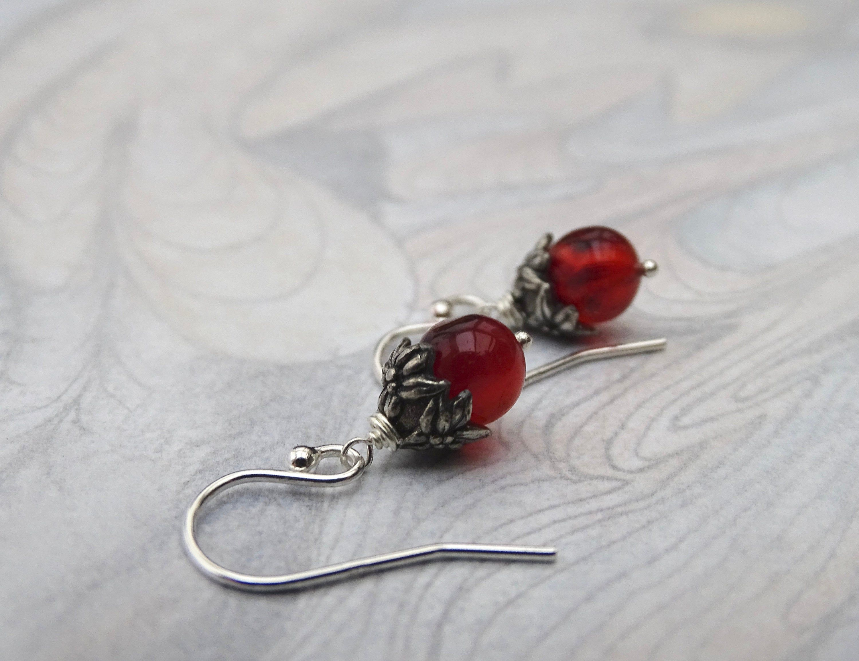 5 cm Long Vintage  Sterling Silver and Carnelian Drop Earrings