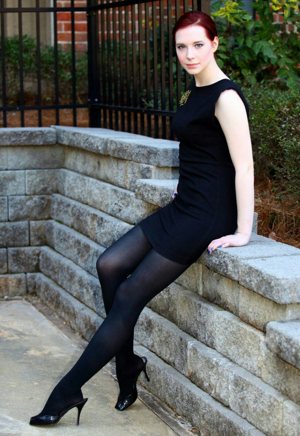 pattern black tights with black dress - 736×1071
