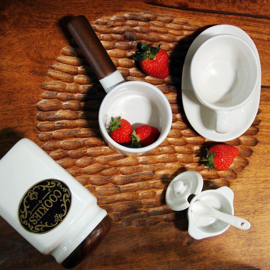 Pottery Ceramics Art Artwork Paoloceramic Hotelware Tableware Souvenir Hampers Vas Pot Homedecor Promotion Jakarta Surabaya Mug Instagram Posts