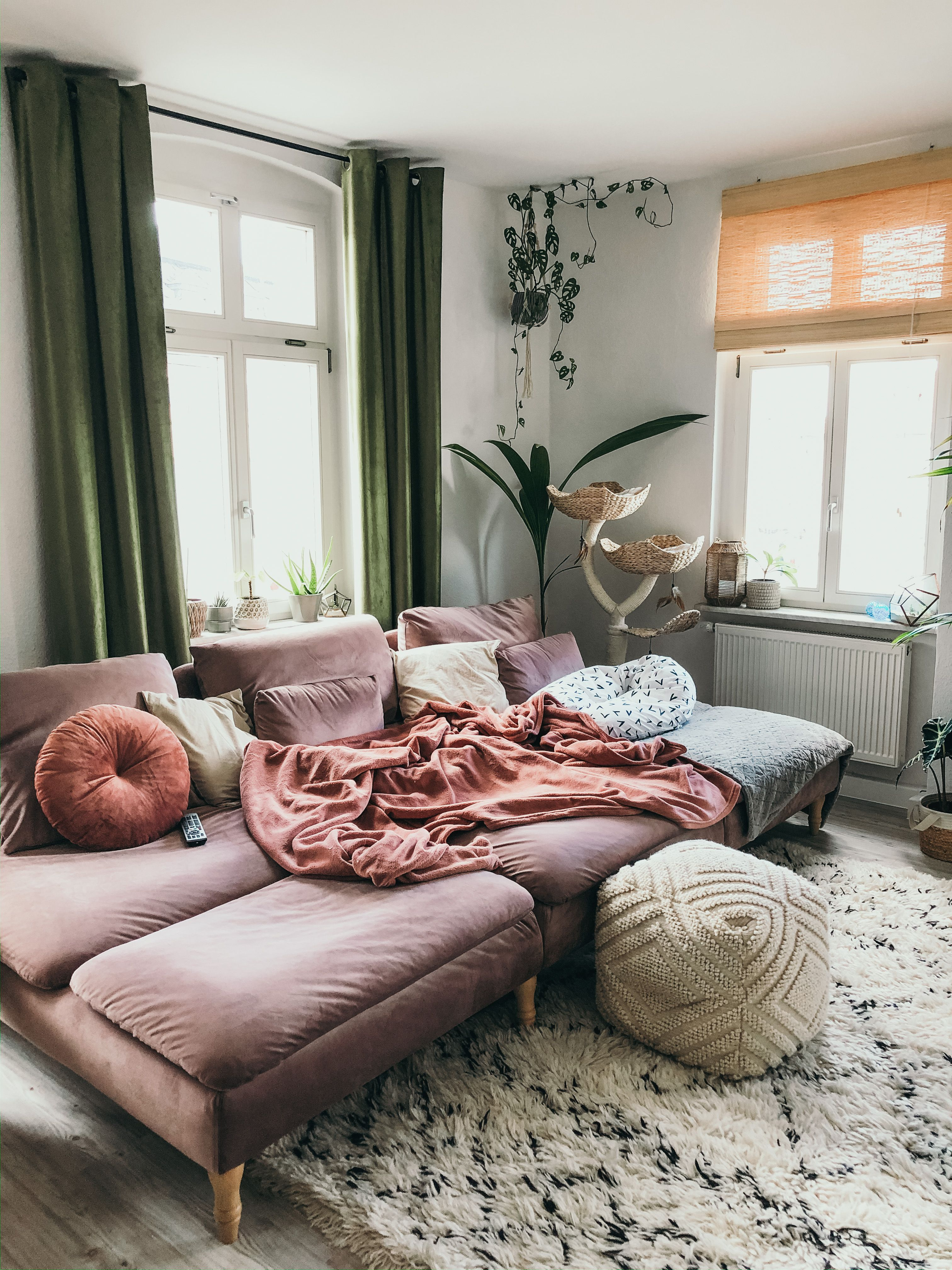 How Epic Cozy Is This Living Room Living Room Decor Modern Havenly Living Room Home Curtains