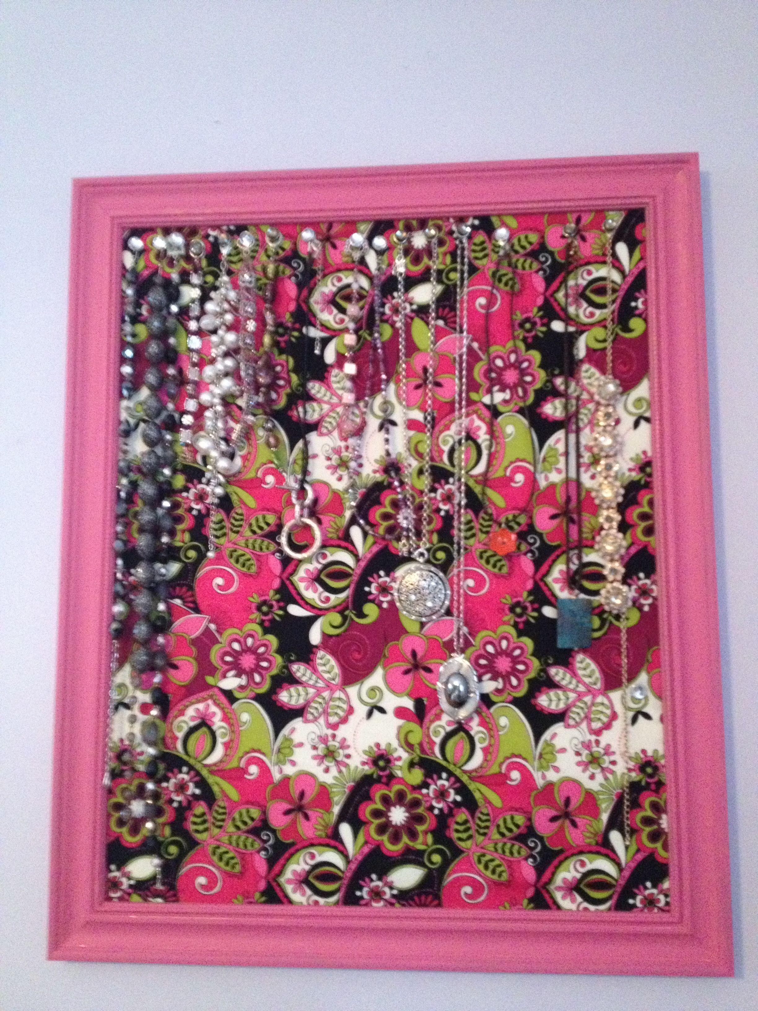 DIY Jewelry holder DIY Jewelry Pinterest Jewellery holder