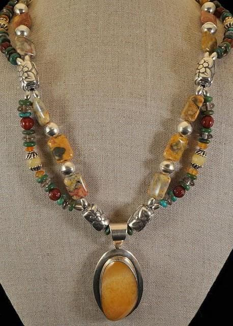 Faceted Cut Beads Mexican Lace Agate Beaded Necklace with Pendant and Earrings
